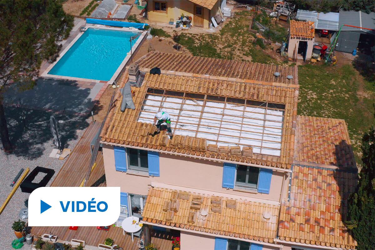 vidéo d'installation de panneaux solaires photovoltaïques dans le Var par Hellio
